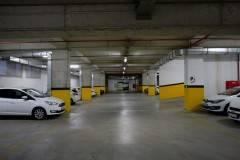 35 EMLAK 'tan KAYA PRESTIGE konutlarında kilerli, giyinme odalı 186 m2 net, 223 m2 Brüt 4+43M2 SALON